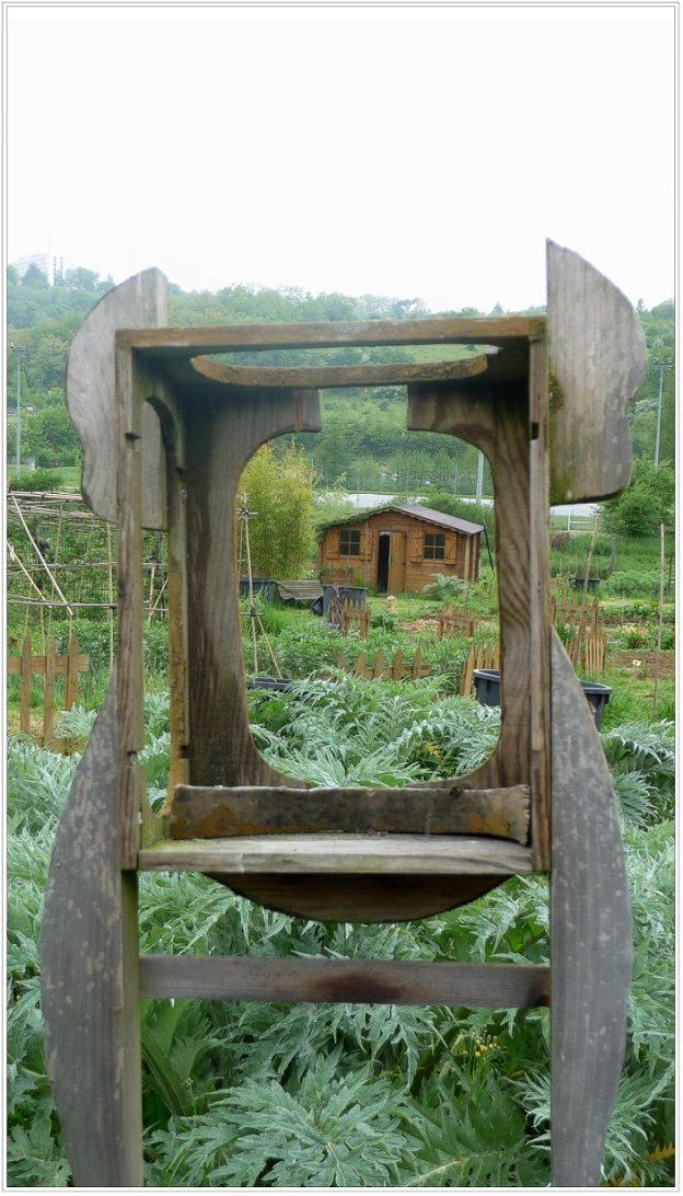 Cadre proposant une vue sur le jardin@Le Creuset
