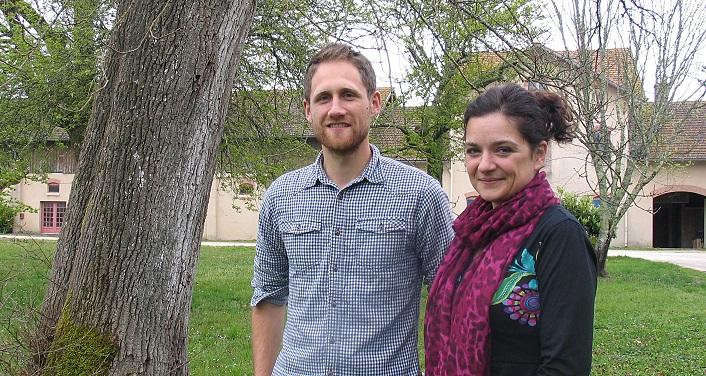 Aurélien Caillon, chargé de mission botaniste et Coralie Pradel, directrice du CBNSA