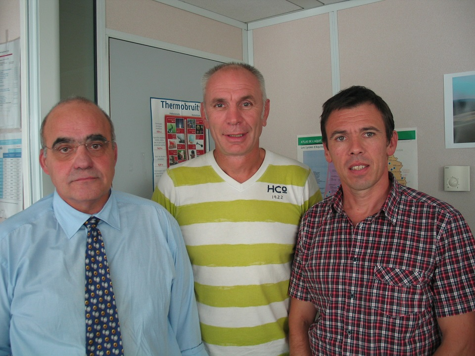 Dominique Martin, Christophe Calmel et Laurent Rogues, du Service Santé et Sécurité