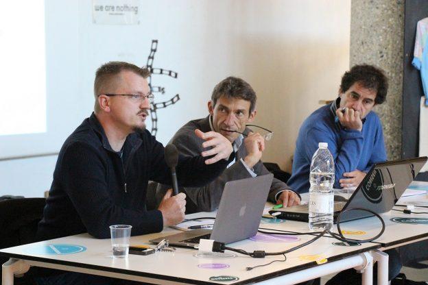 Cédric Brun, philosophe, Hervé Cazenabe, directeur de GRAINE Aquitaine et Alain Garrigou, chercheur© GRAINE Aquitaine