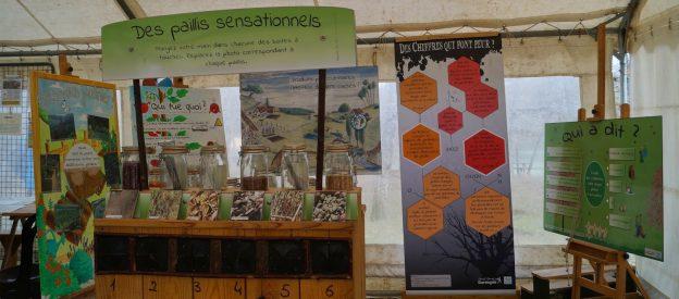 L'exposition itinérante invite les jardiniers amateurs à se passer de produits chimiques©Pays de Beleyme