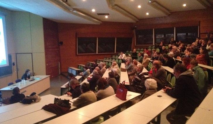 La conférence Eau et pesticides a réuni une centaine de personnes©Ecocène