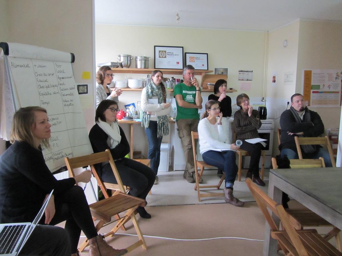 L'atelier a réuni 14 personnes d'univers différents ©GRAINE P-Ch
