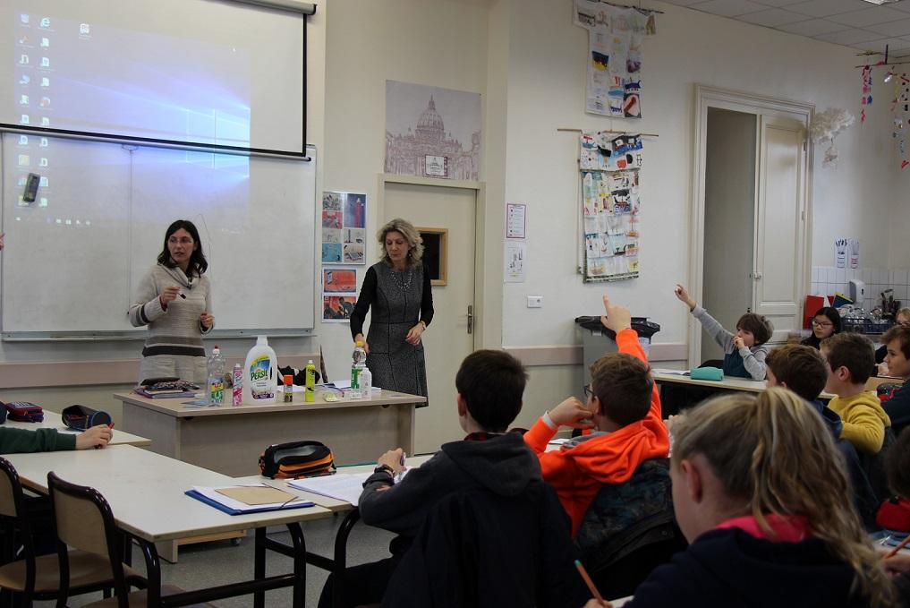 La classe écocitoyenne de Saint Genès se forme aux pollutions domestiques © GRAINE Aquitaine