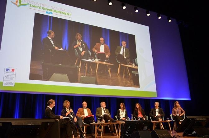 La table ronde Quels outils pour aider les collectivités à mettre en place une stratégie en santé environnement © Région NA