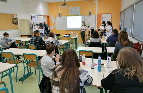 Une intervention en classe © ZebraCool